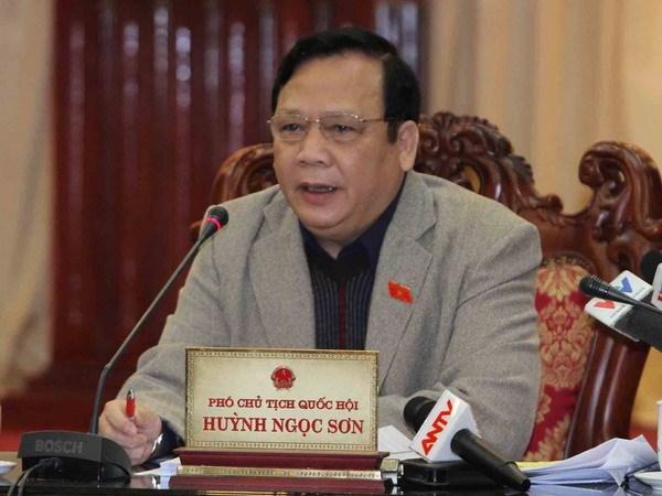 Phó Chủ tịch Quốc hội Huỳnh Ngọc Sơn phát biểu ý kiến